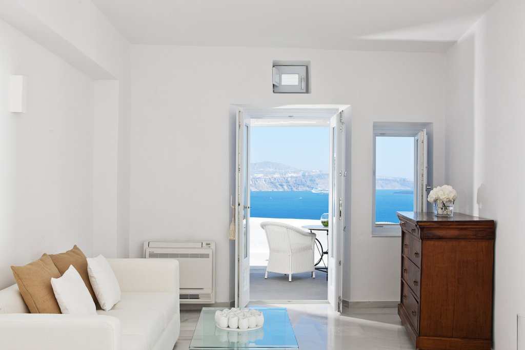 Canaves Oia Boutique Hotel Image 1