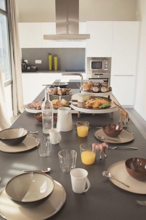 Casagrand Luxury Suites Image 28