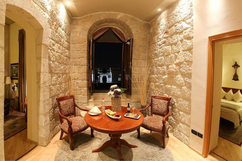 Notre Dame Of Jerusalem Center Image 44