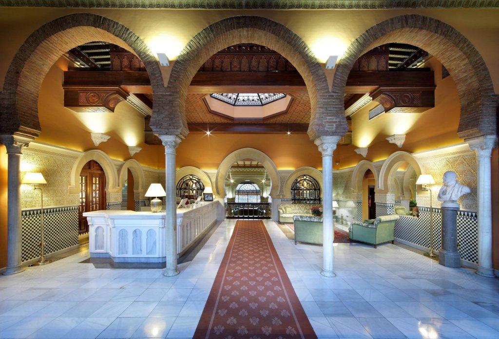 Alhambra Palace Image 4