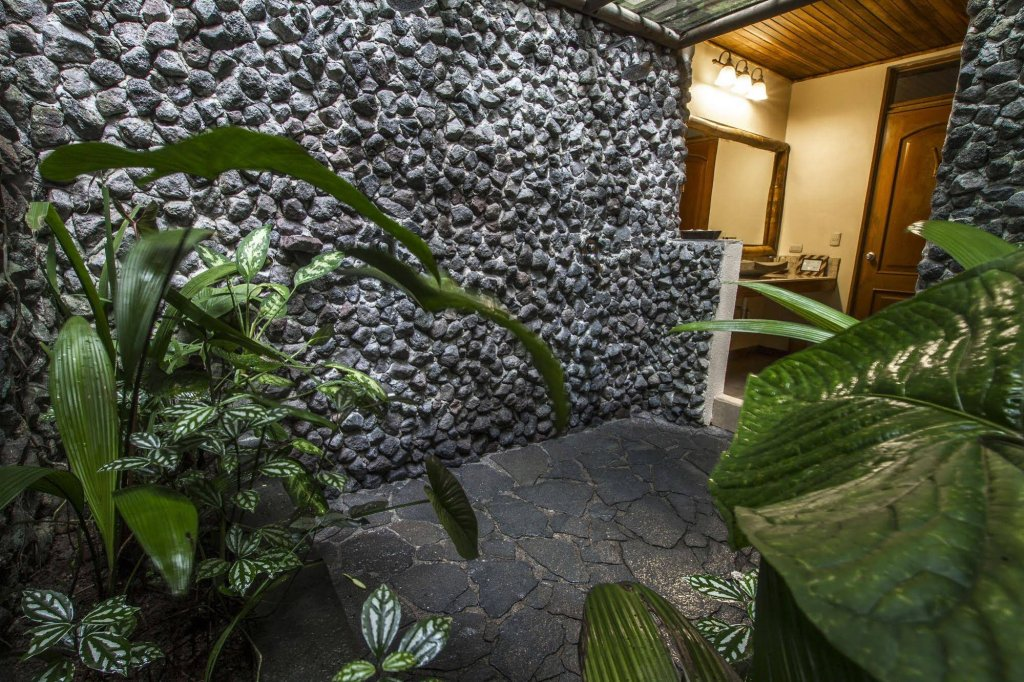 Lost Iguana Resort And Spa, Arenal Image 4