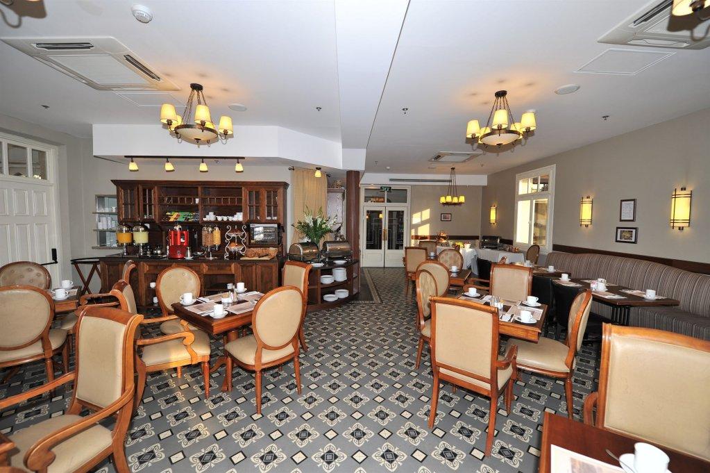 Colony Hotel Haifa Image 23
