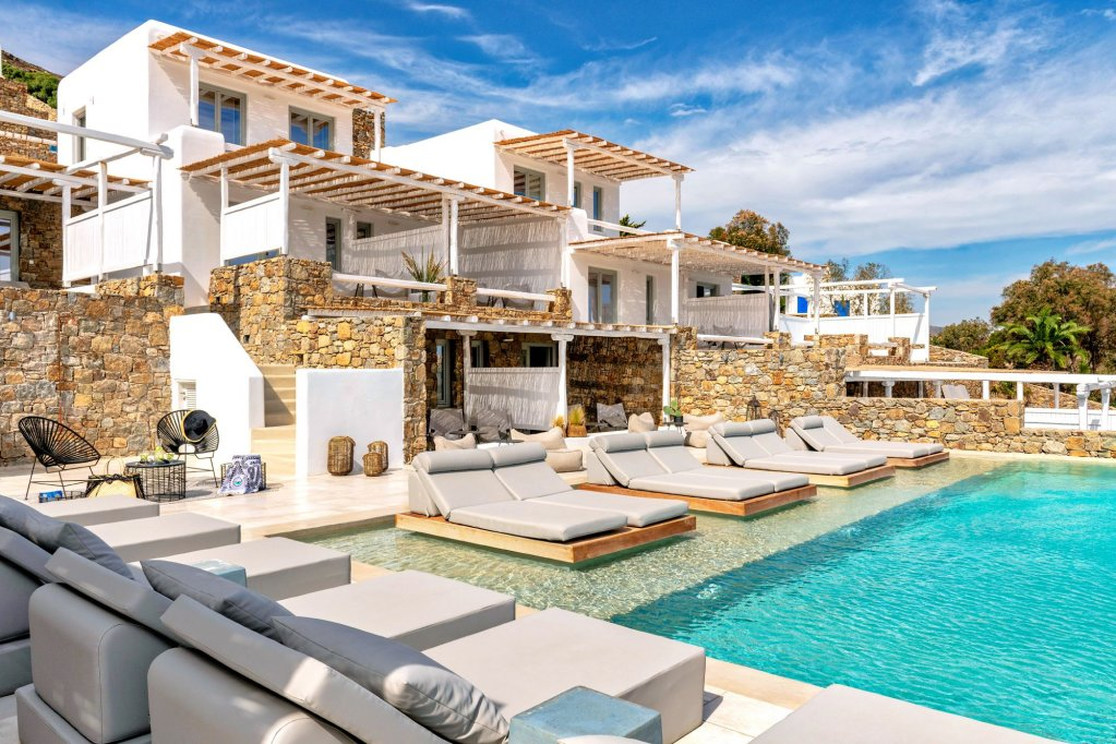 Mykonos Bliss - Cozy Suites, Adults Only Hotel Image 2