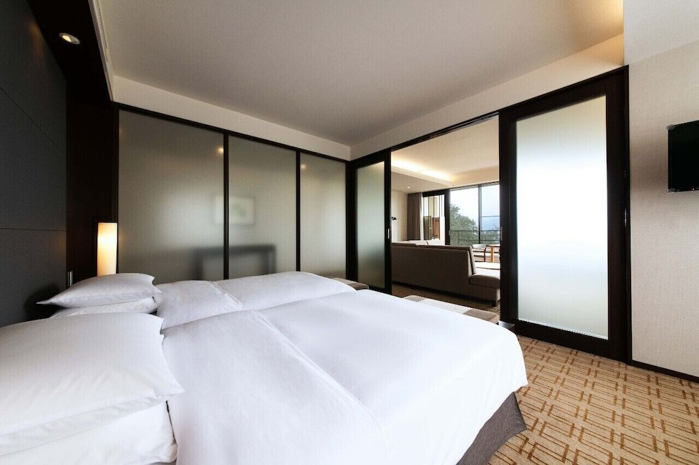 Hyatt Regency Hakone Resort And Spa Image 40