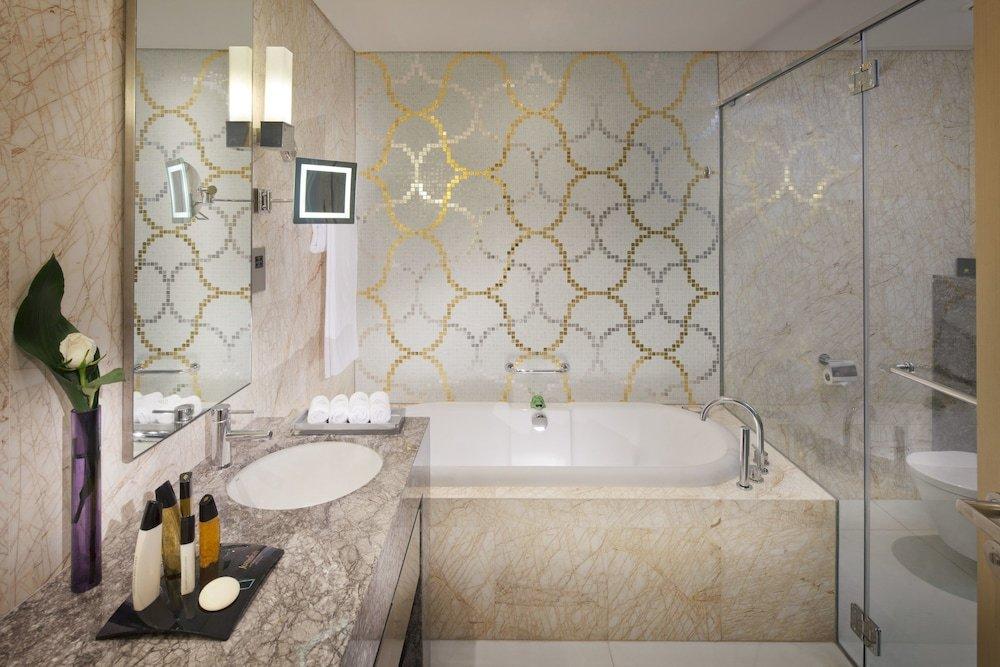 Jumeirah At Etihad Towers Hotel, Abu Dhabi Image 20