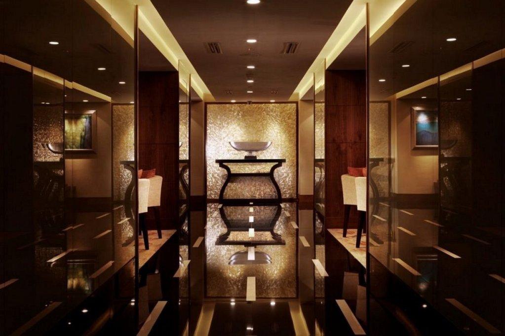 Shangri-la Hotel - Jakarta Image 2