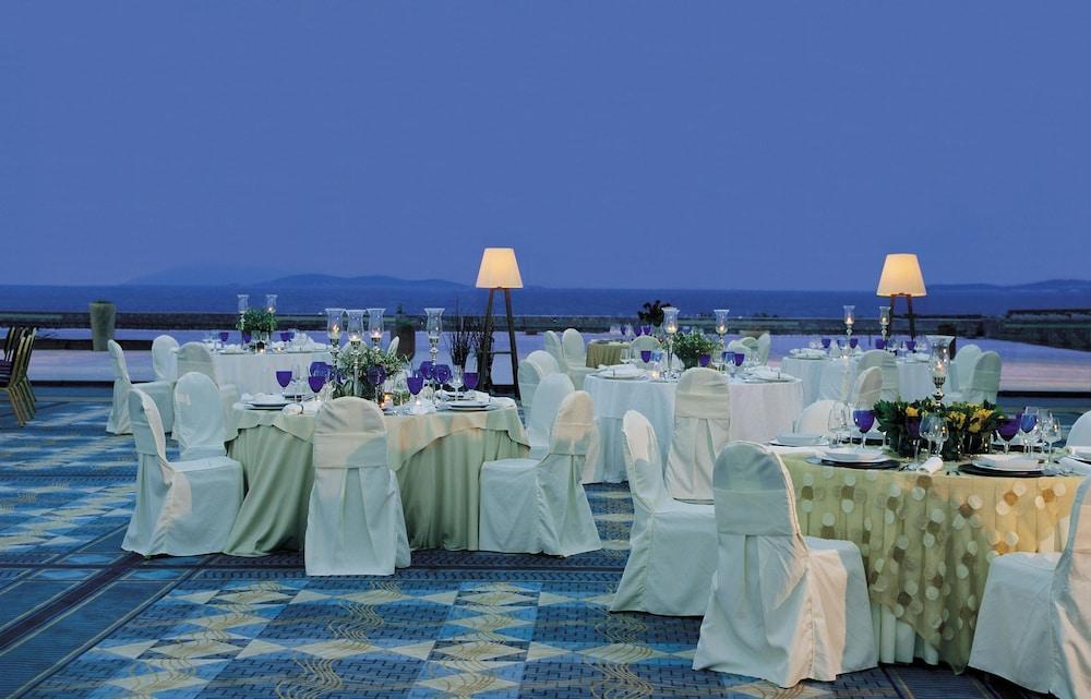 Grand Resort Lagonissi Image 21