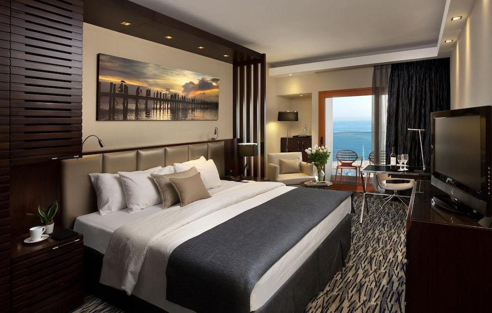 Carlton Tel Aviv Hotel - Luxury On The Beach Image 12