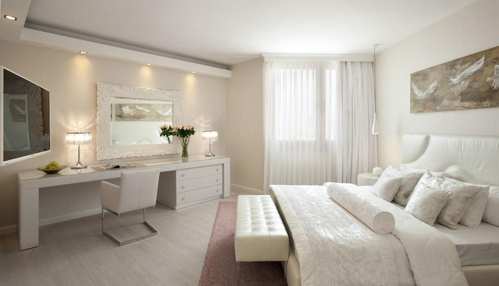 Carlton Tel Aviv Hotel - Luxury On The Beach Image 9