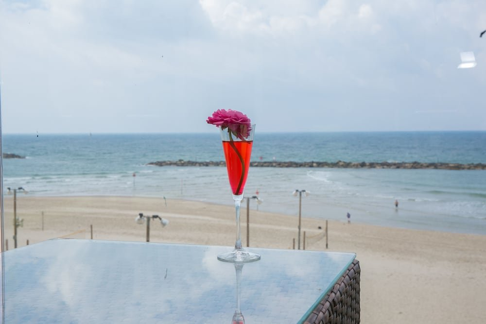 Crowne Plaza Tel Aviv Beach Image 38