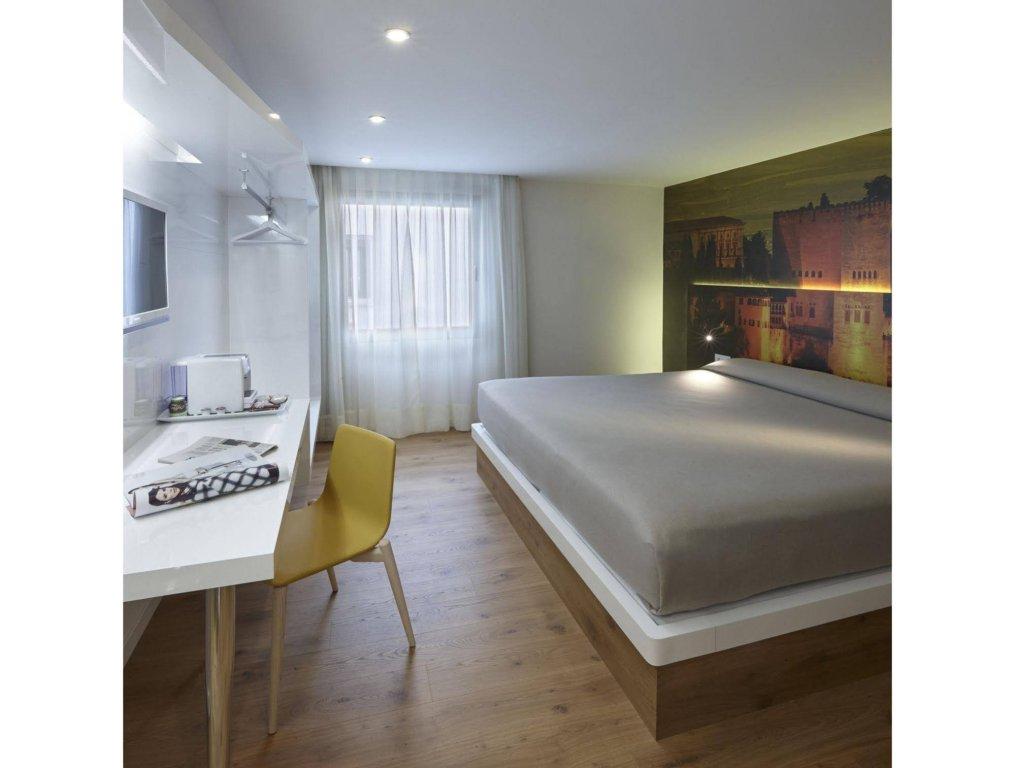 Granada Five Senses Rooms & Suites Image 5