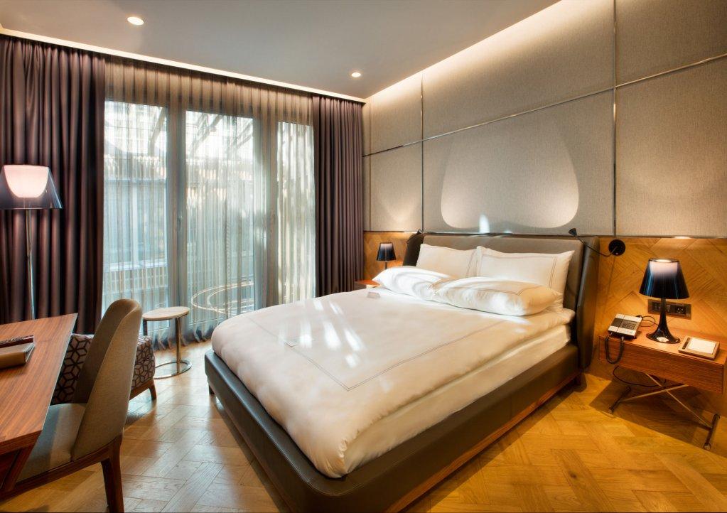 Fer Hotel Image 4