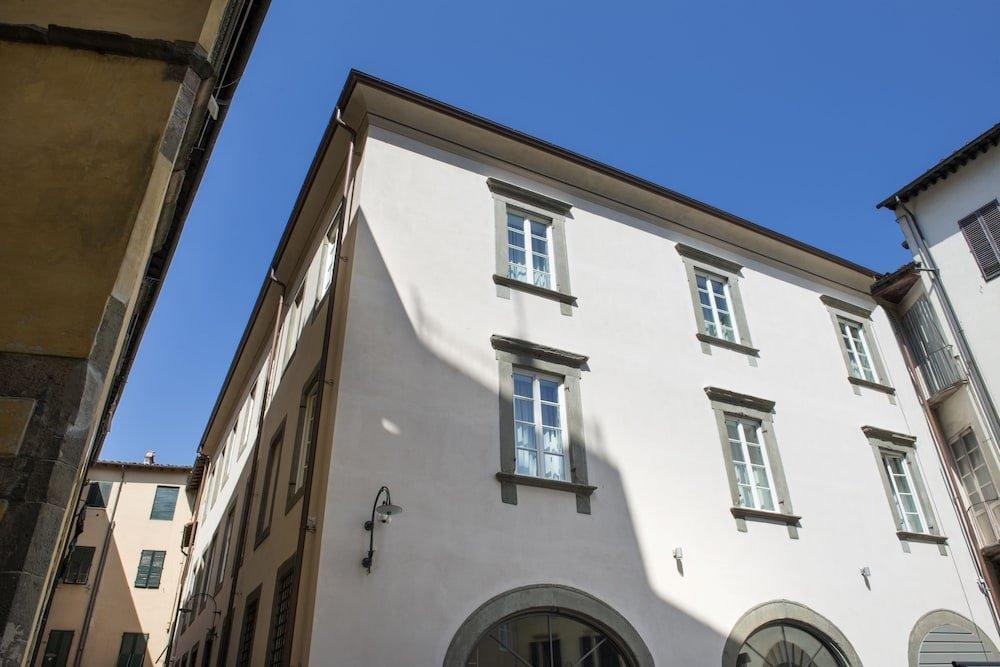 Palazzo Dipinto, Lucca Image 7