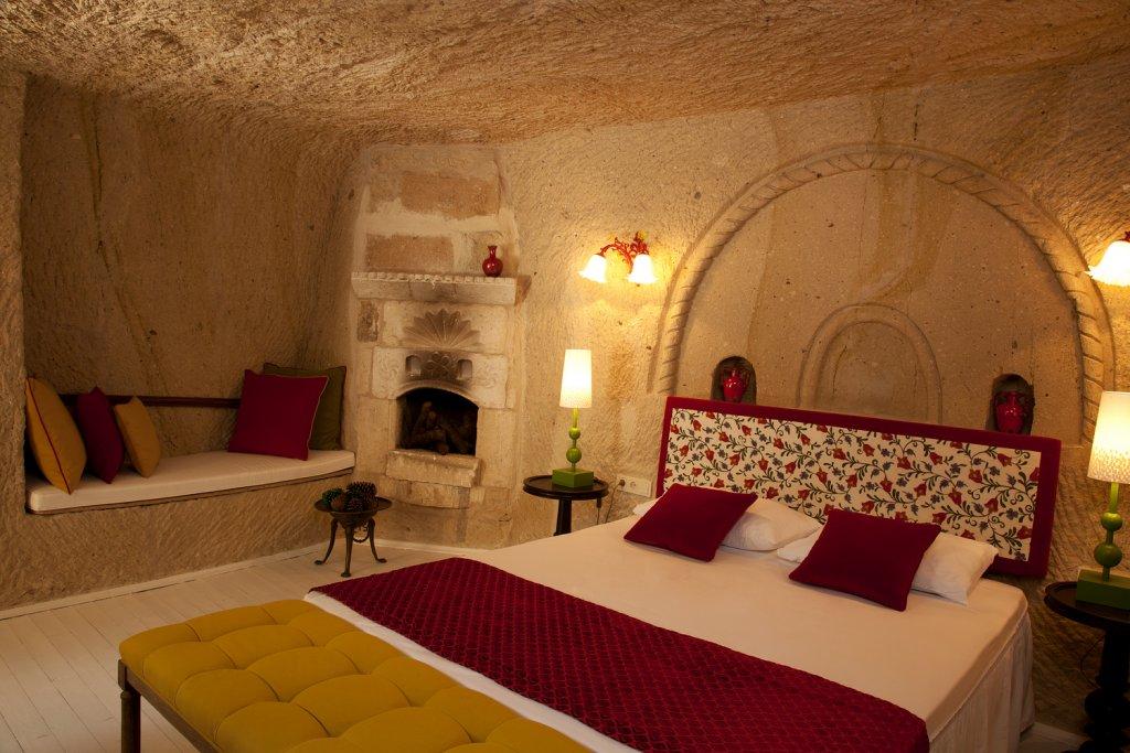 Hezen Cave Hotel Image 0