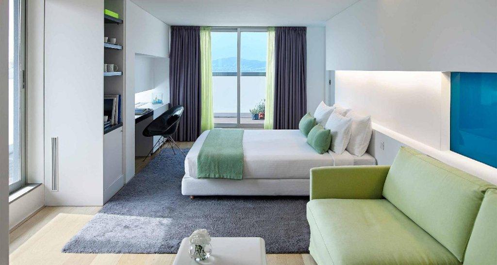 Fresh Hotel Image 4