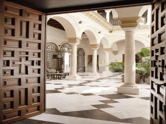 Hotel Palacio De Villapanes, Seville Image 15