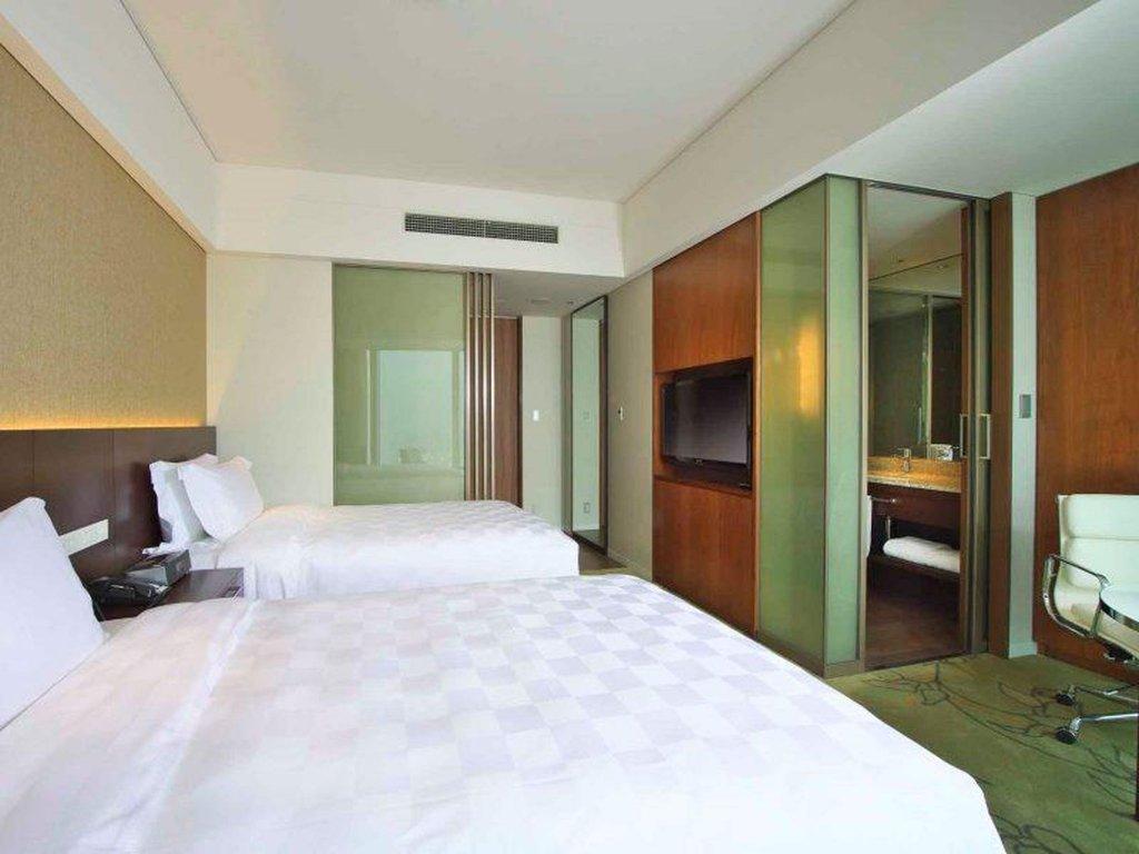 Osaka Marriott Miyako Hotel Image 2