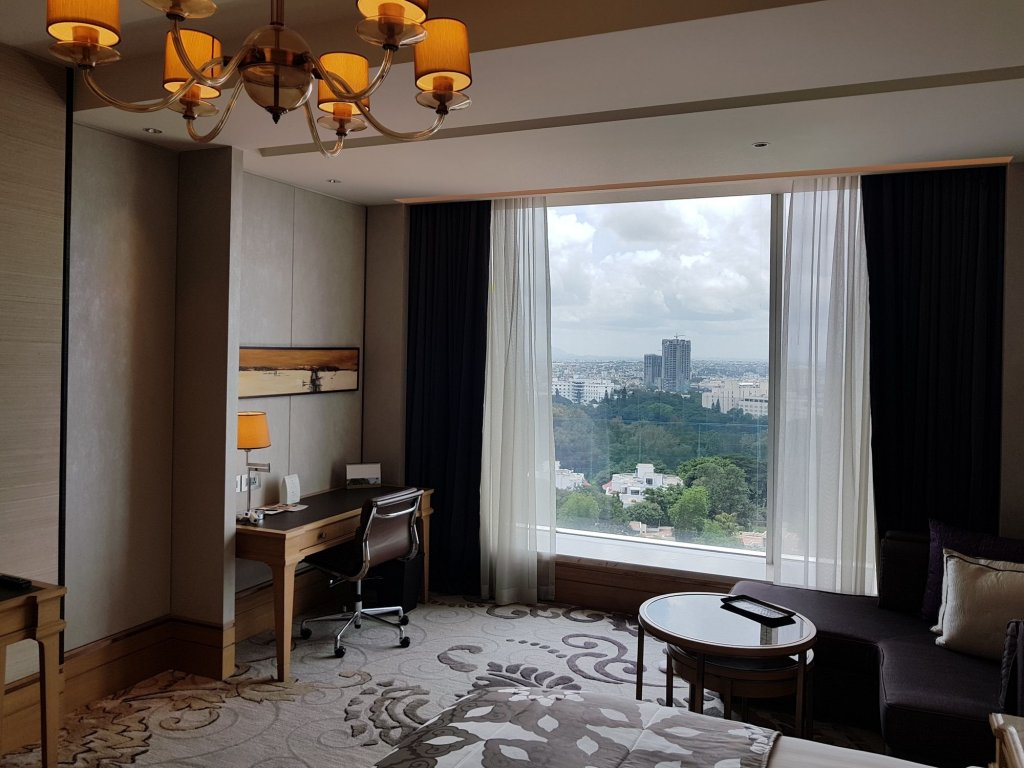 Shangri-la Hotel Bangalore Image 9