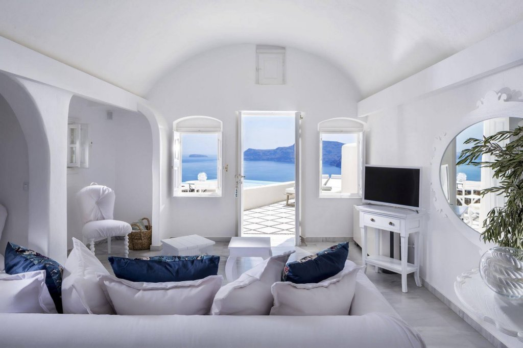 Canaves Oia Suites Image 6