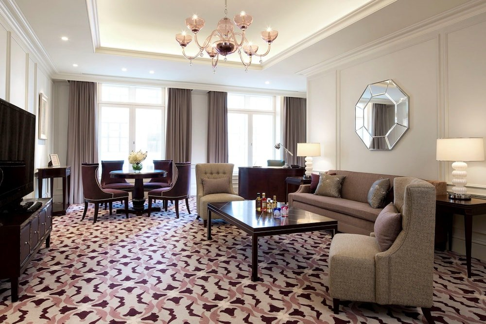 The Tokyo Station Hotel Image 48