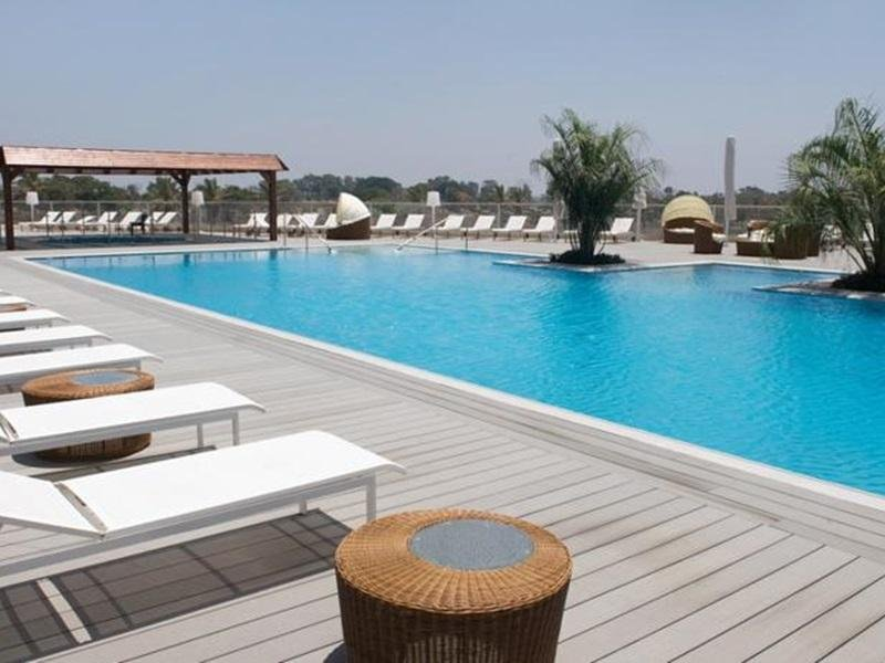 Ramada Hotel & Suites By Wyndham Netanya Image 5