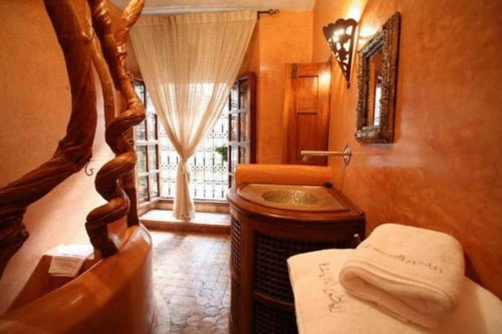 Riad Laaroussa- Hotel & Spa Image 41