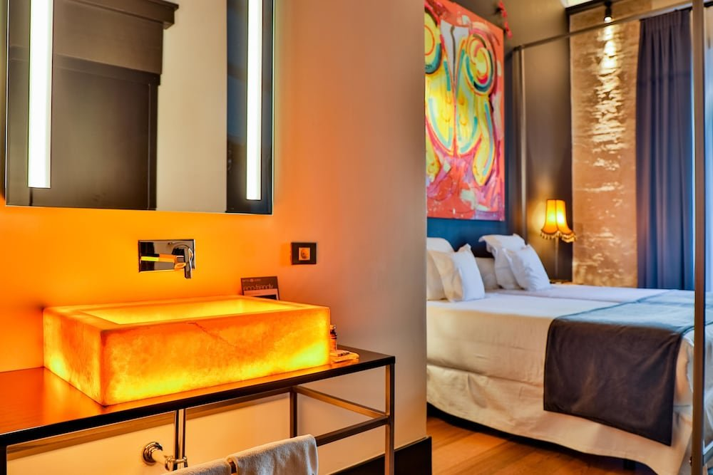 Hotel Lobby Room Seville Image 2