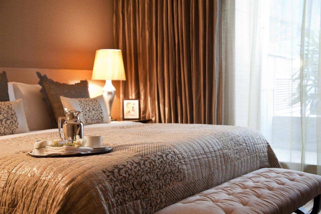 The Leela Ambience Hotel & Residences, Gurugram Image 1