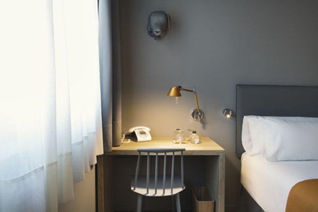 Yurbban Trafalgar Hotel, Barcelona Image 26