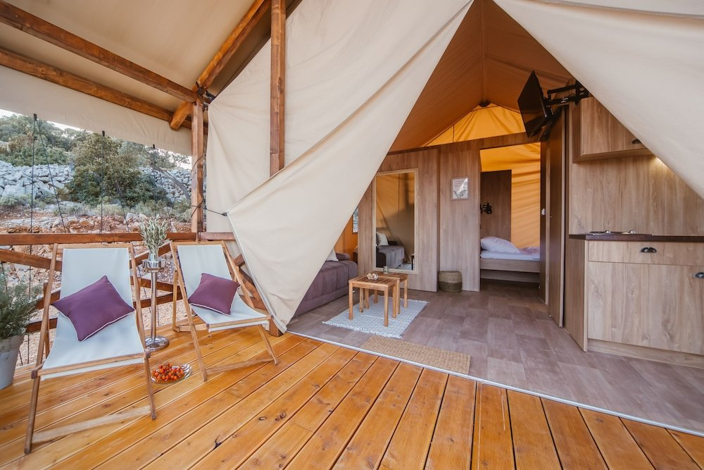 Glamping Tents Trasorka - Campsite Image 1