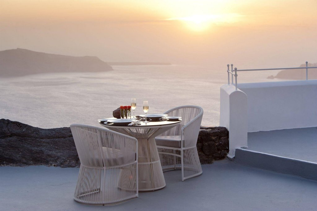 Grace Hotel Santorini, Auberge Resorts Collection Image 6