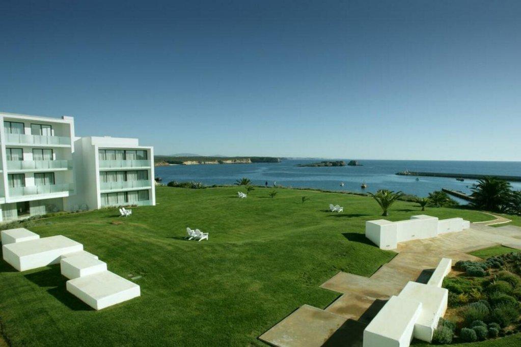 Memmo Baleeira Hotel Image 36