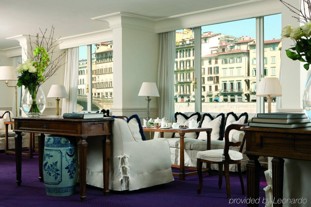 Hotel Lungarno - Lungarno Collection, Florence Image 3
