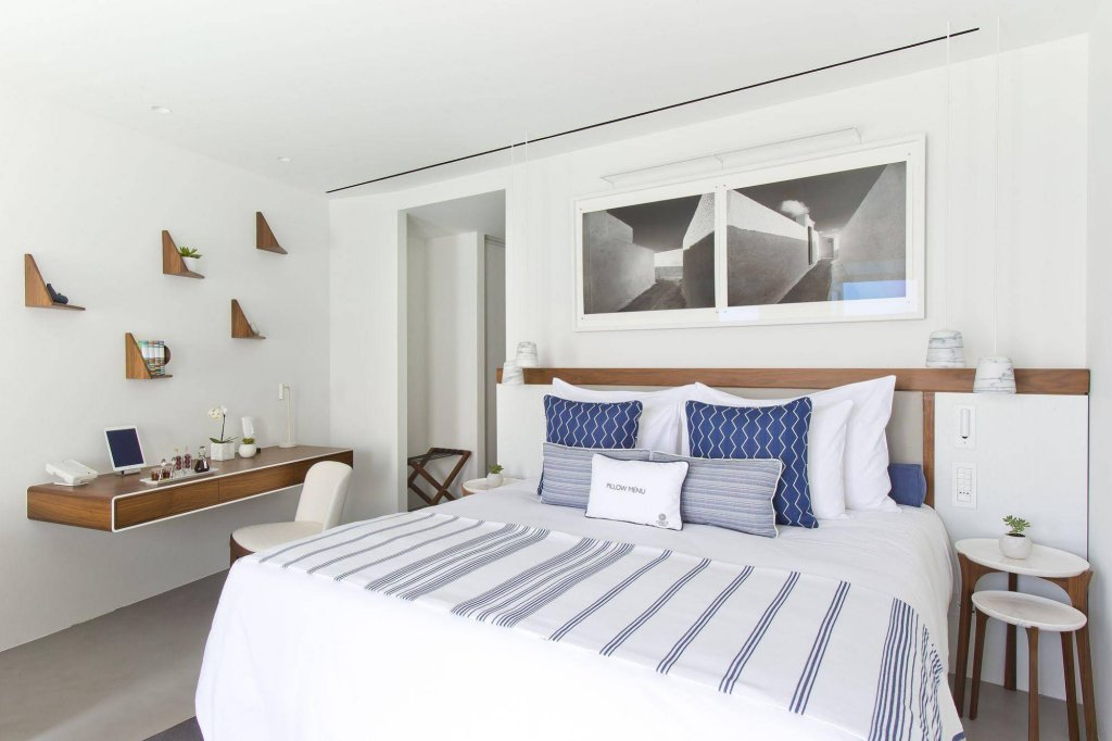 Grace Hotel Santorini, Auberge Resorts Collection Image 3