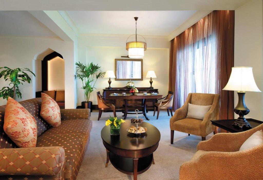 Shangri-la Hotel Qaryat Al Beri, Abu Dhabi Image 5