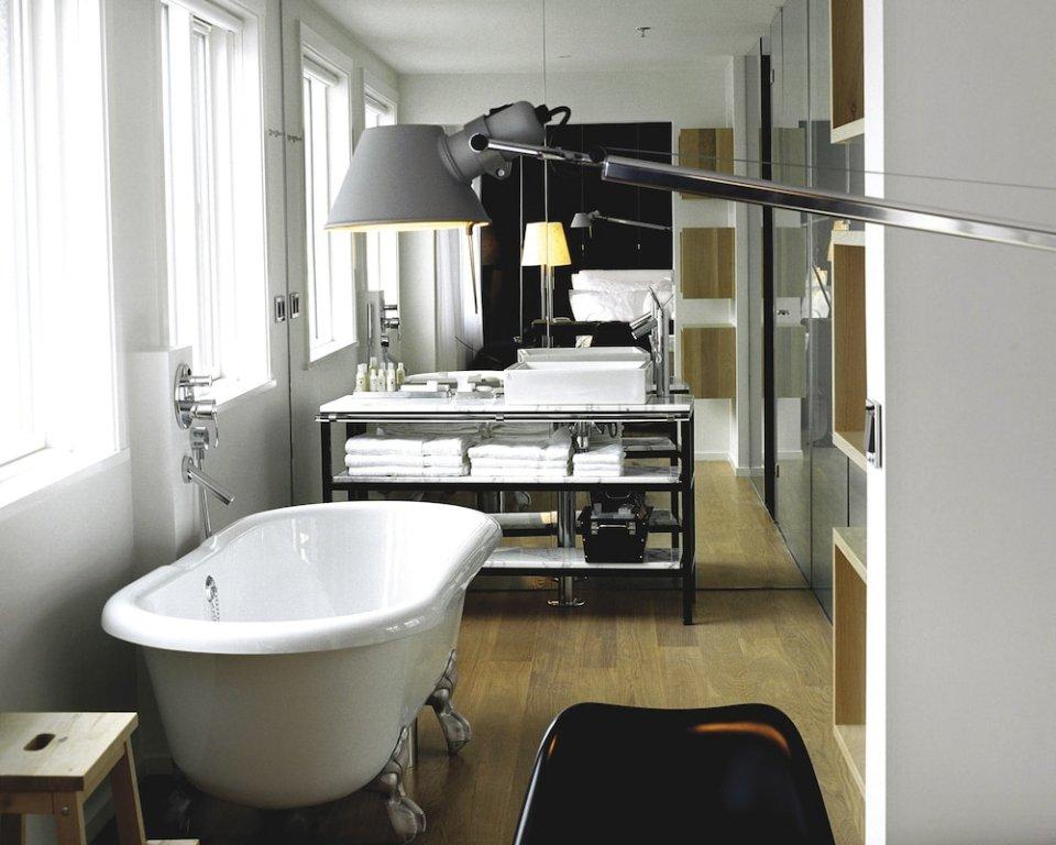 101 Hotel Image 14