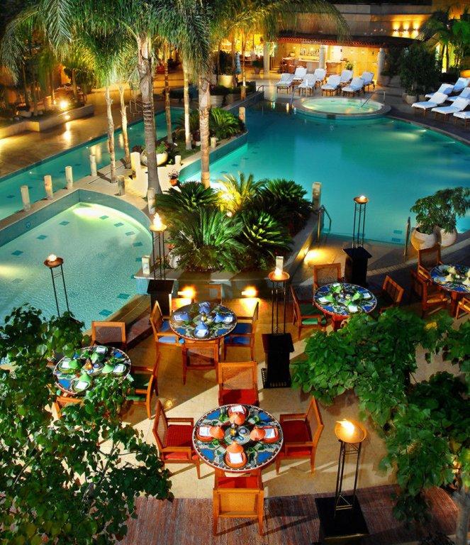 Four Seasons Hotel Cairo At Nile Plaza Image 25