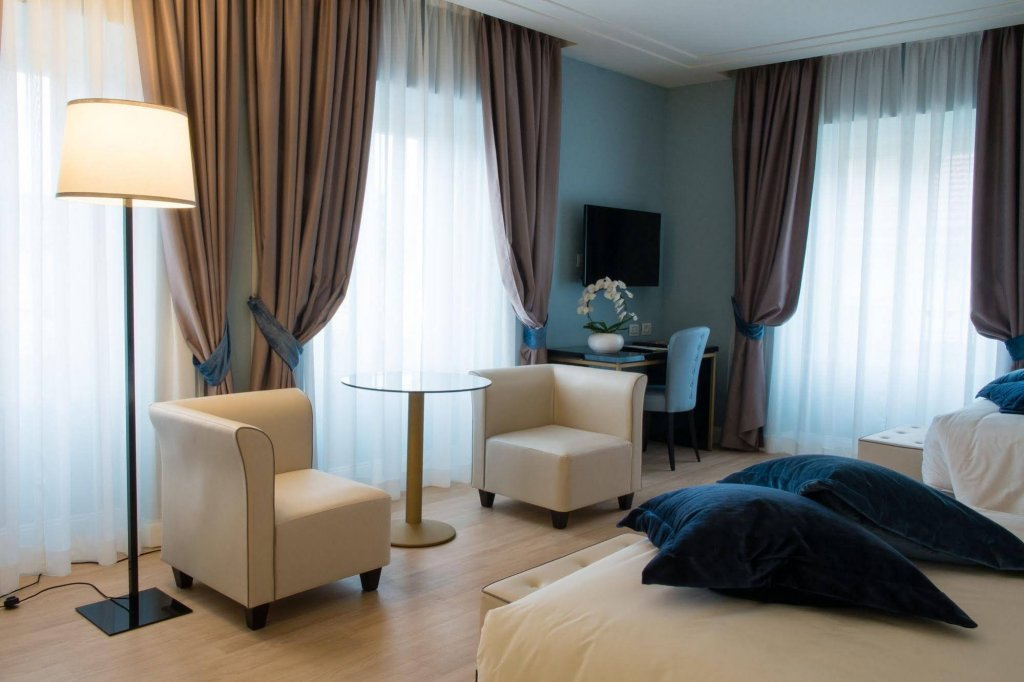 Hotel Turin Palace Image 0