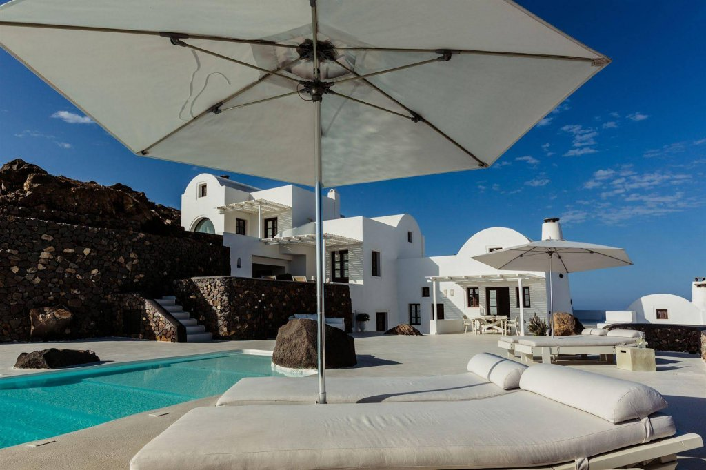 Aenaon Villas, Kamari, Santorini Image 20