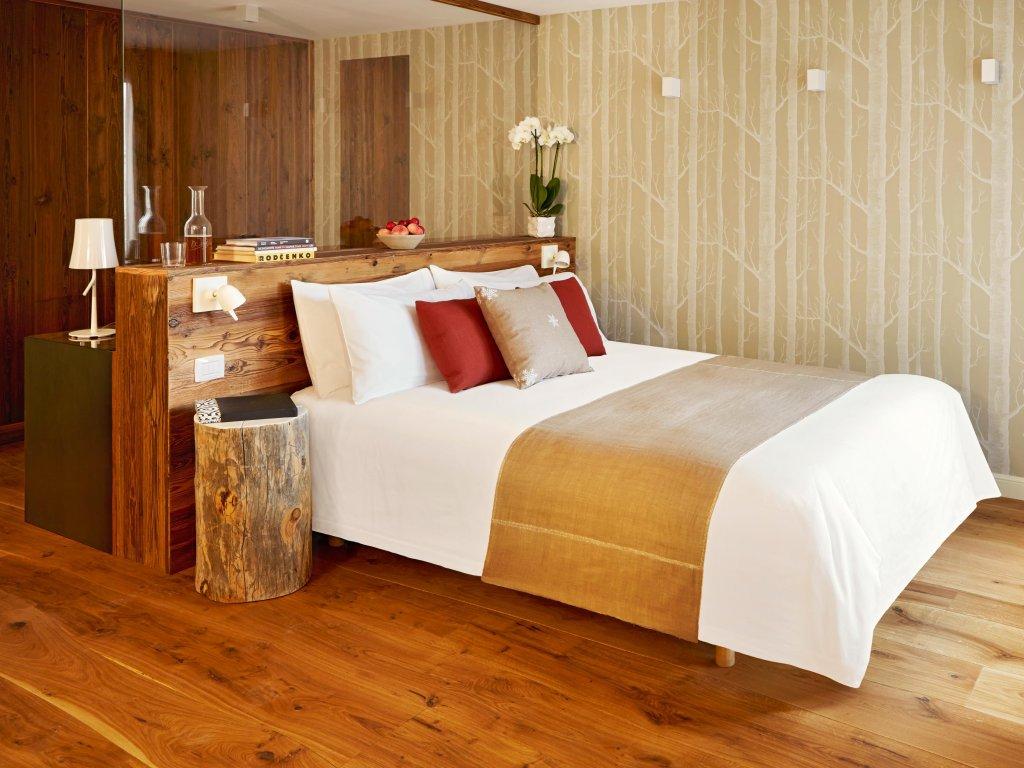 Montana Lodge & Spa Image 2