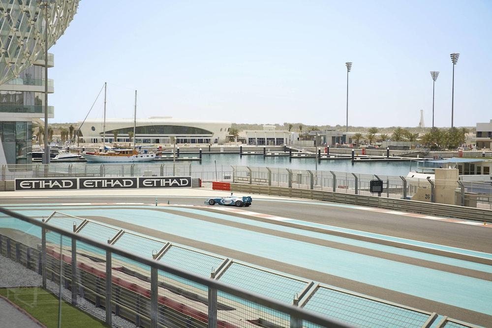 W Abu Dhabi - Yas Island Image 9