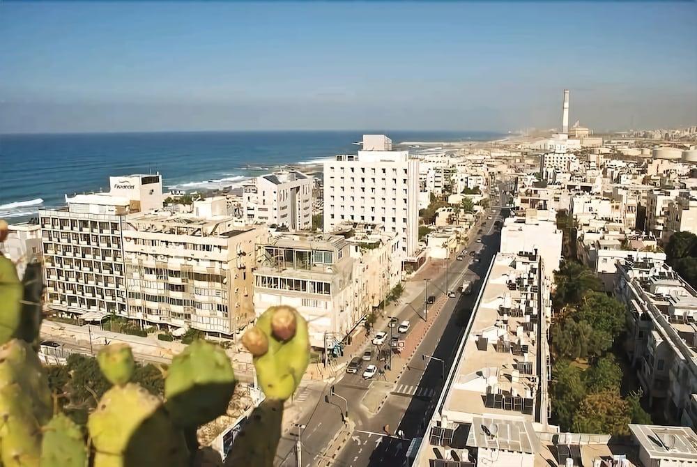 Grand Beach Tel Aviv Image 11