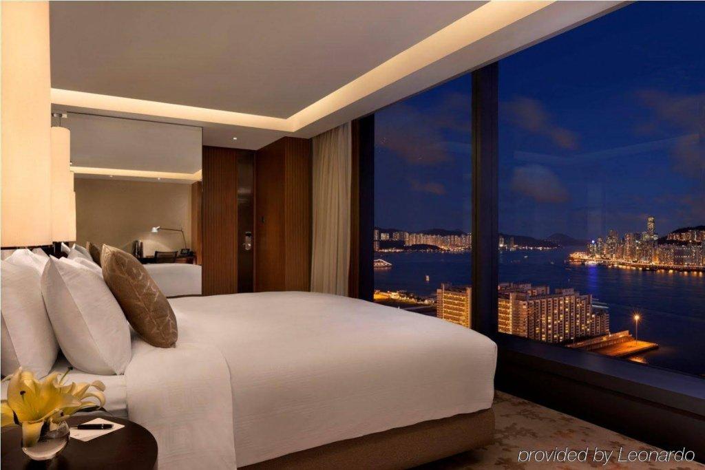 Hotel Icon Image 8