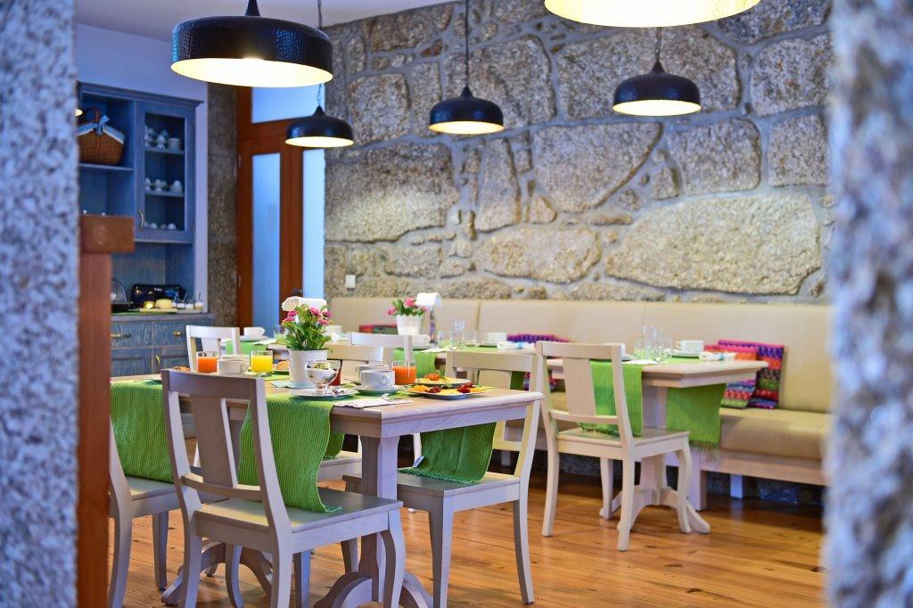 Solar Egas Moniz Charming House & Local Experiences Image 26