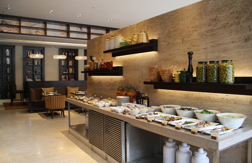 Jw Marriott Hotel Bangalore Image 9