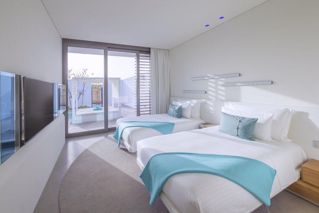 Nikki Beach Resort & Spa Dubai Villas Image 4