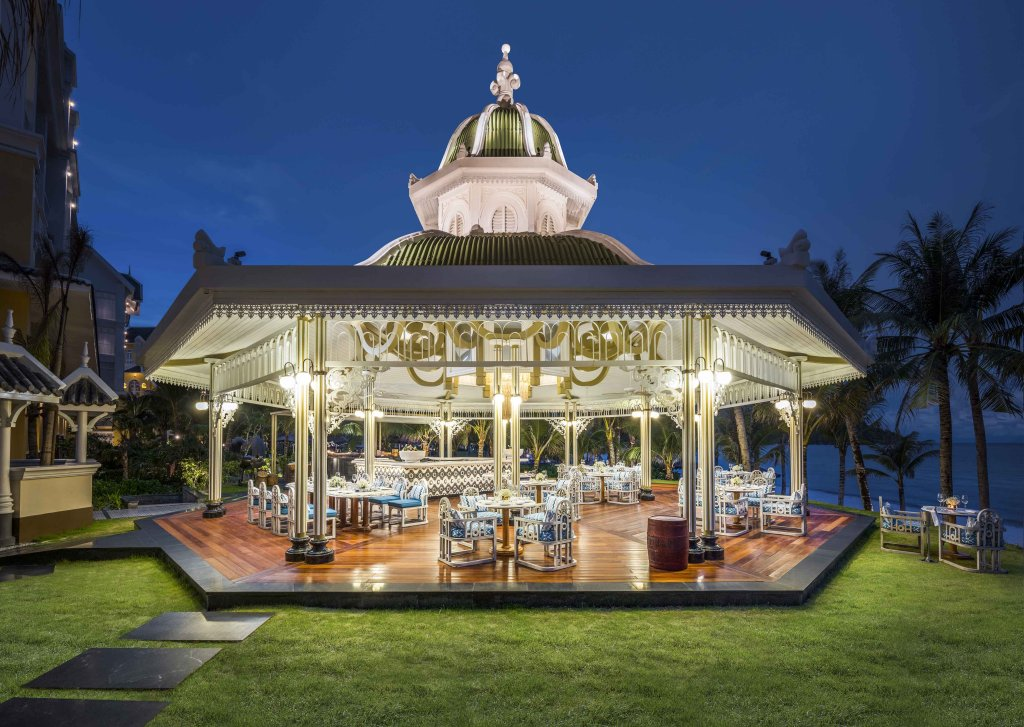 Jw Marriott Phu Quoc Emerald Bay Resort & Spa Image 11