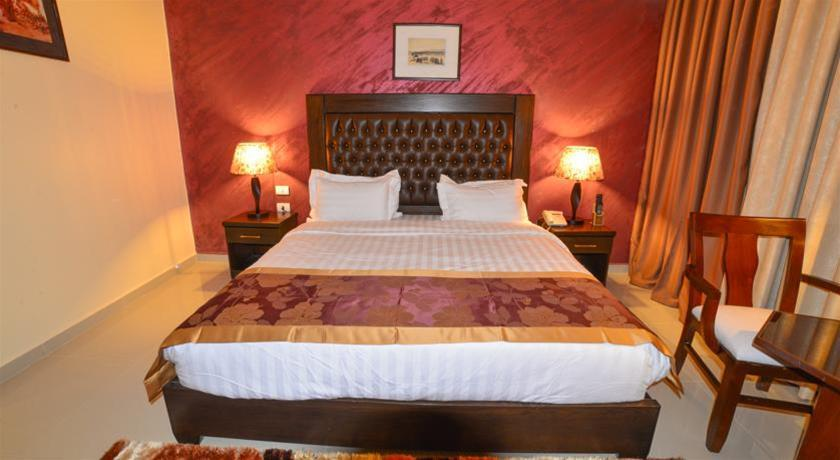 P Quattro Relax Hotel, Petra Image 7