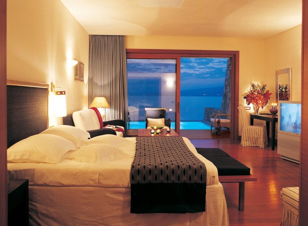 Grand Resort Lagonissi Image 17