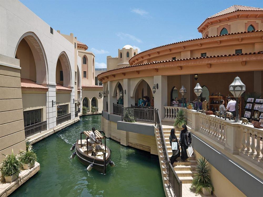 Shangri-la Hotel Qaryat Al Beri, Abu Dhabi Image 31